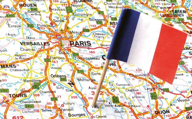 Die Finanzkommission im französischen Parlament fordert, den Logistikstandort Frankreich durch Steueranreize attraktiver zu machen